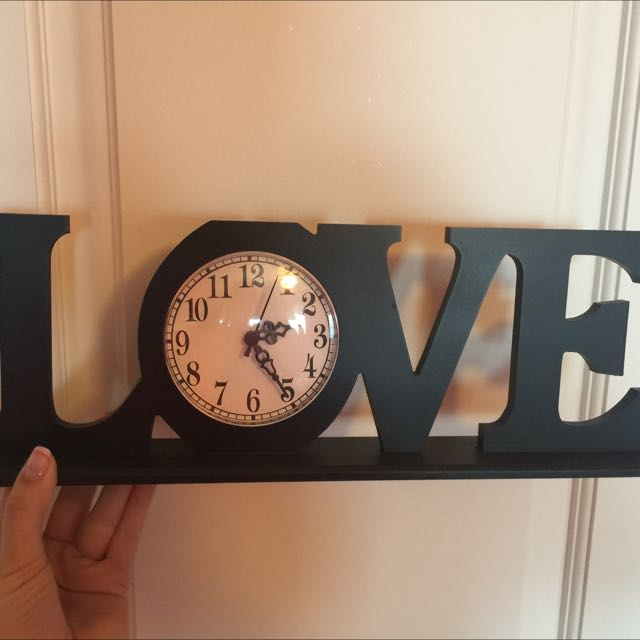 Love clock/sign