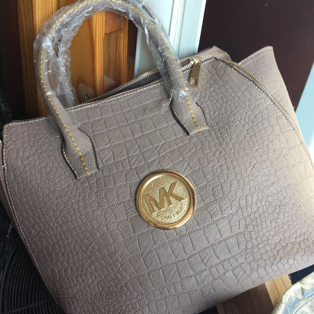 MK Purse Replica
