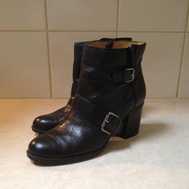 Nine West Boot Size 10M