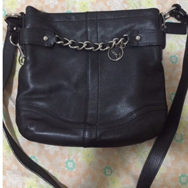 Pre-loved authentic Coach body bag