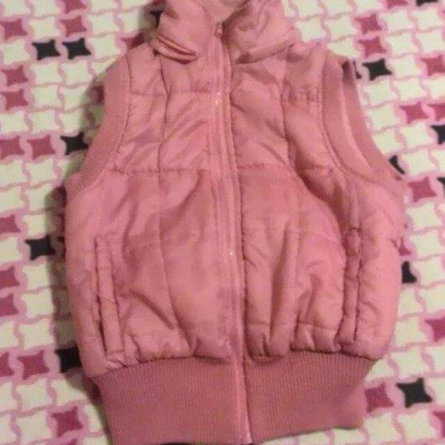 Sleeveless pink Jacket