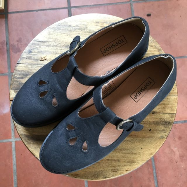TOPSHOP Mary Jane Shoes Size 6.5