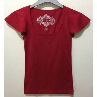Red Kamiseta Blouse