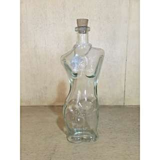 Lady Bottle