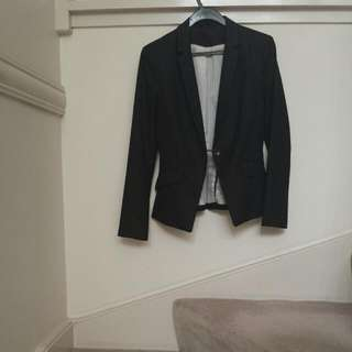 Black H&M Blazer Single Button Two Functional Pockets Tapered