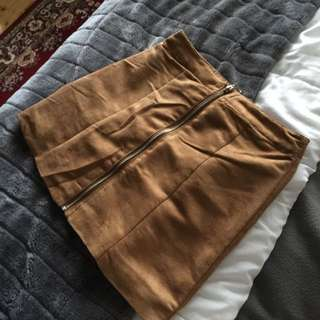H&M TAN POLYESTER SKIRT