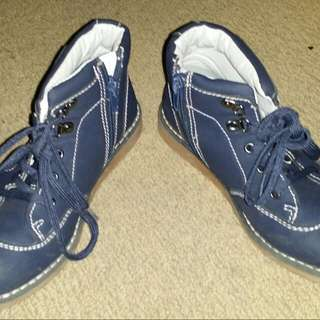Boys Boots Size 13