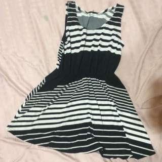 實穿)黑白條紋洋裝