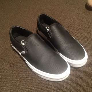 VANS Black Leather Slip-on
