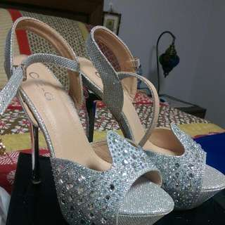 Brand New Size 38 High Heels