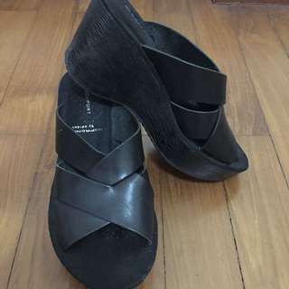 Rockport Slip On Wedge US6