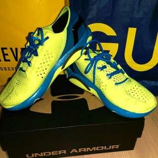 UA 輕量慢跑鞋(黃藍綠超吸睛配色)