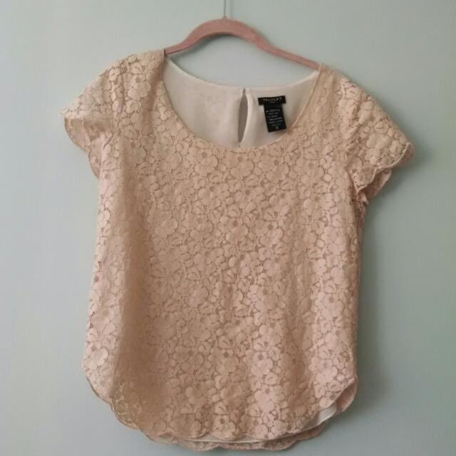Aritzia Rose Lace Top