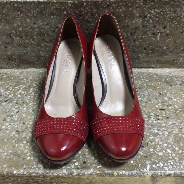 百貨專櫃品牌DIANA超好穿紅色圓頭高跟鞋24.5