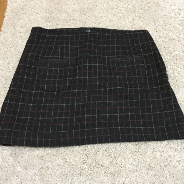 F21 Skirt With Pocket (size M