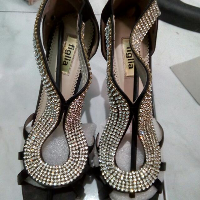 Figlia Shoes Size 8