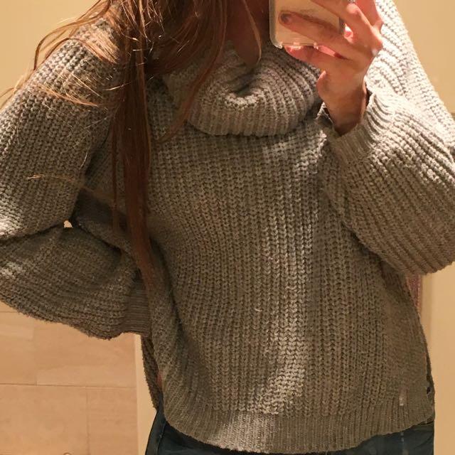 Grey Roll Neck Knit M/L