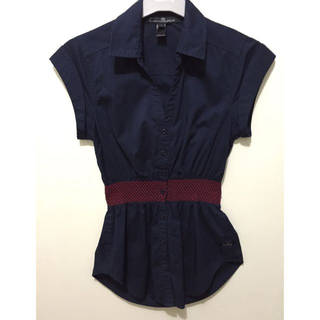 **Reserved** Kamiseta Button Down Peplum
