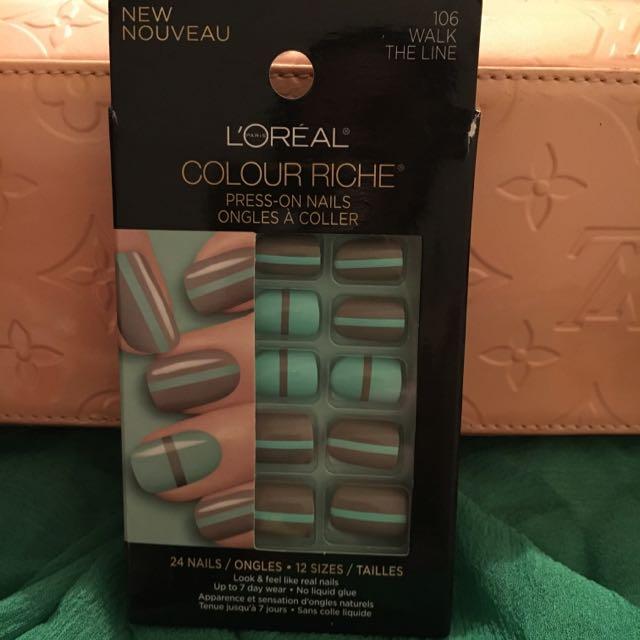 Loreal Colour Riche Press On Nails