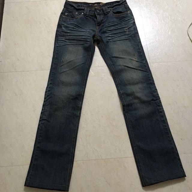 Roots牛仔褲