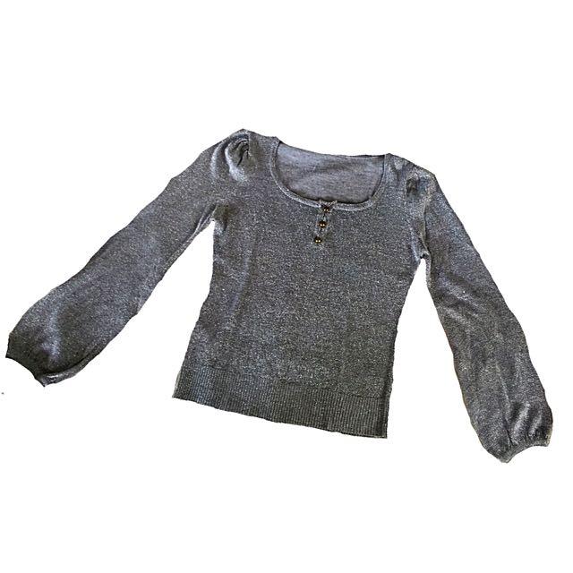 Silver gray long sleeves