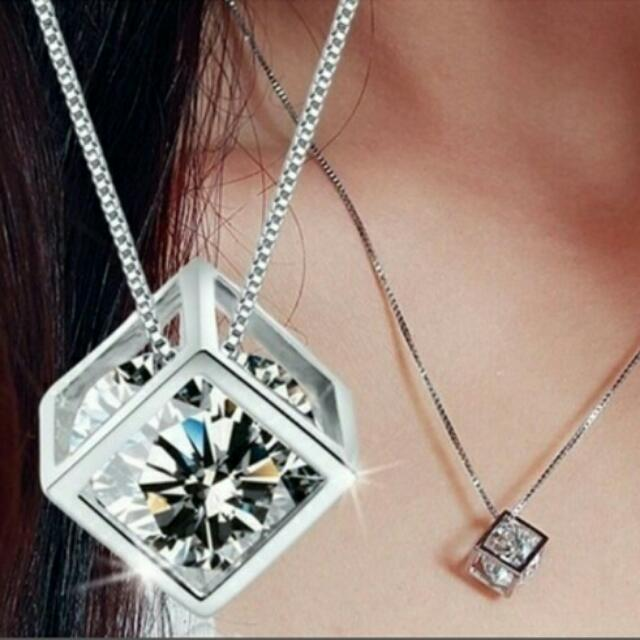 Square pendant with crystal(free shipping)