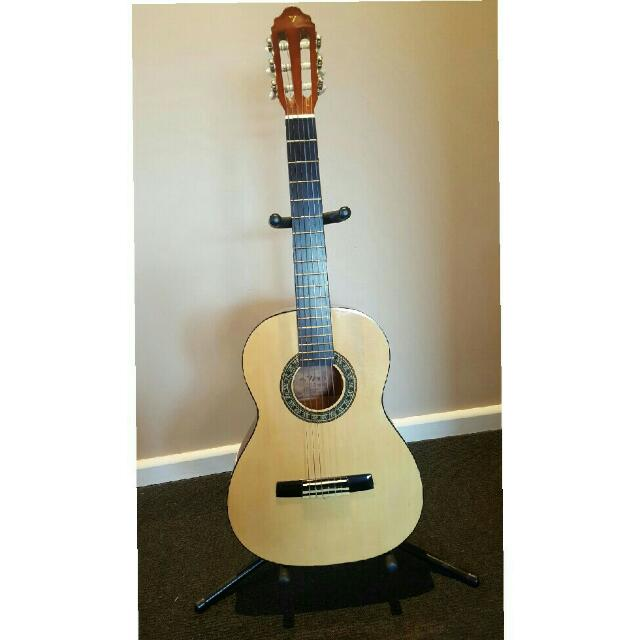 Valenica Acoustic Guitar