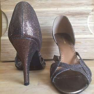 H&M Bronze Strapped Heels sz 7