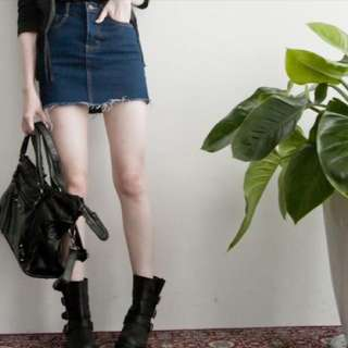Lulus牛仔裙
