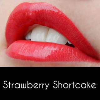 Strawberry shortcake With Matte Gloss