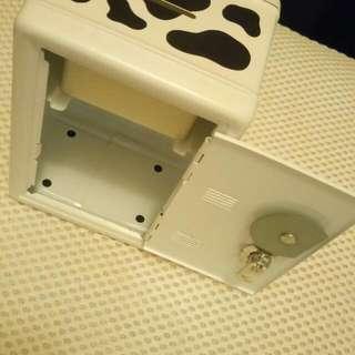 乳牛存錢筒