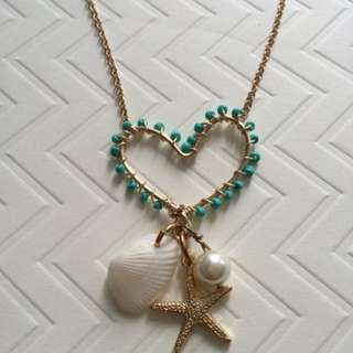 Gold Wire Heart Beachy Necklace