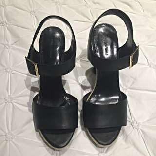 Country Road heels Size 39