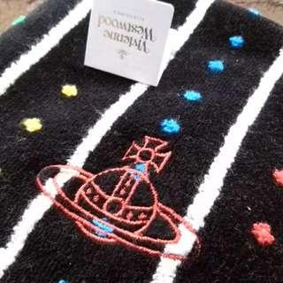 Vivienne Westwood 方巾(含運)
