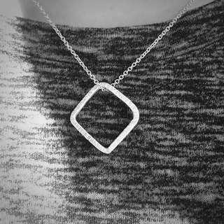 《手做設計》純銀方形簍空項鍊