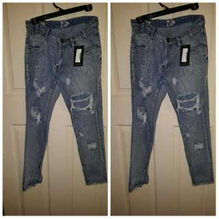 Miss Guided Ripped Boyfriend Jeans