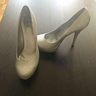 Sparkly Heels!