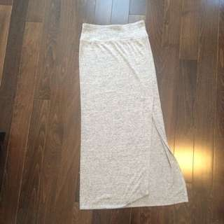 Long Skirt With Slit. Wilfred Free