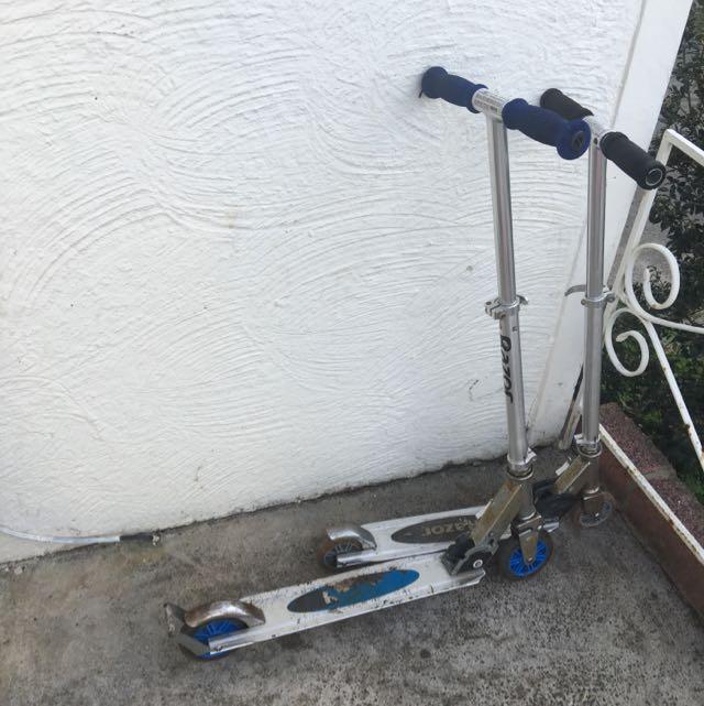 2x Razor Scooters