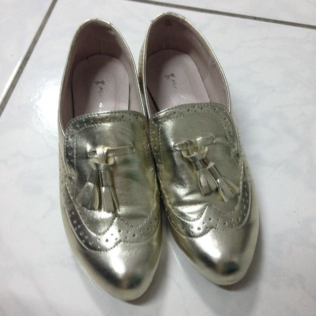 專櫃時尚金流蘇女鞋