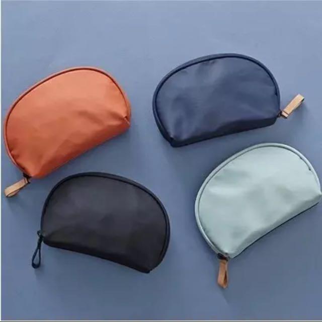韓風扇形防水隨身化妝品收納包