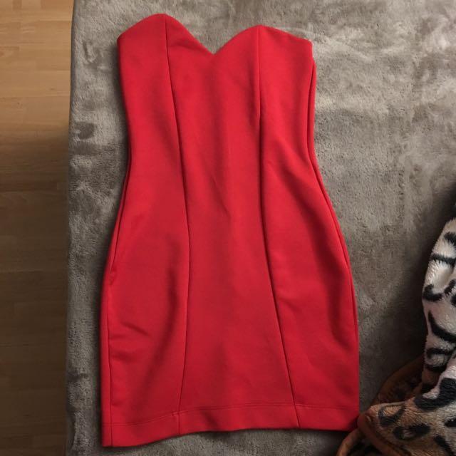 Boohoo Bodycon Dress Size 6/8