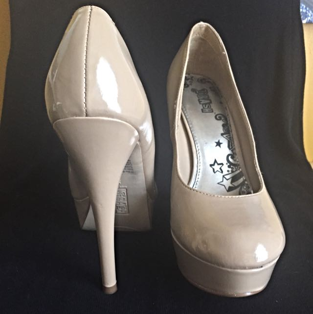 BRASH Nude Pumps sz 8.5