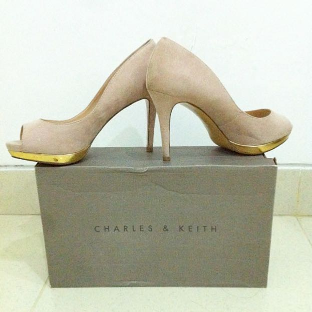 Charles & Keith Nude Pumps