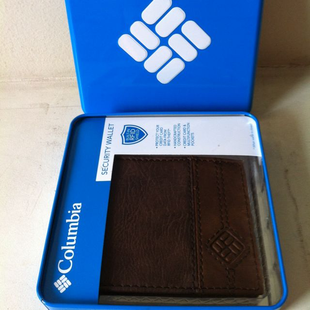 Columbia Slimfold RFID Wallet - Brown