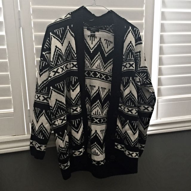 Forever21 White+black Tribal Sweater