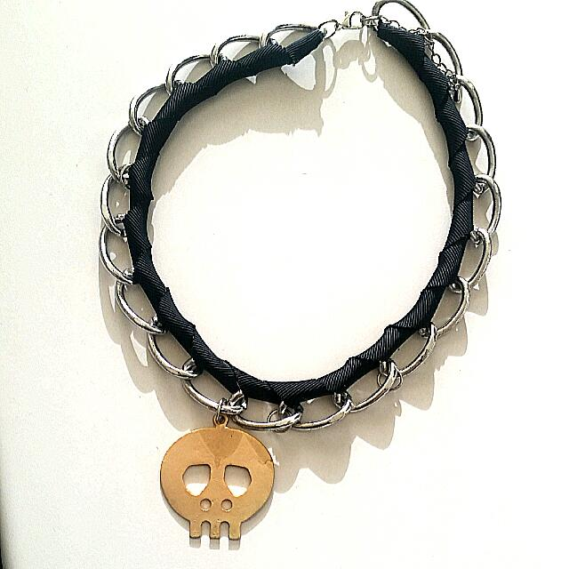 Grosgrain Siver Link Chain necklace W Brushed Gold Skull.