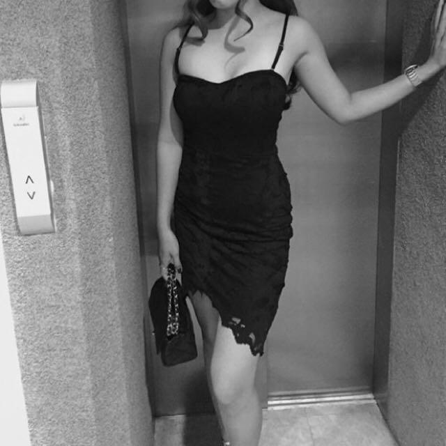 SALE! H&M Size Small (US4) Black Premium Dress