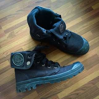 Palladium Boots Black