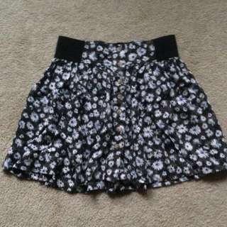 AE skirt